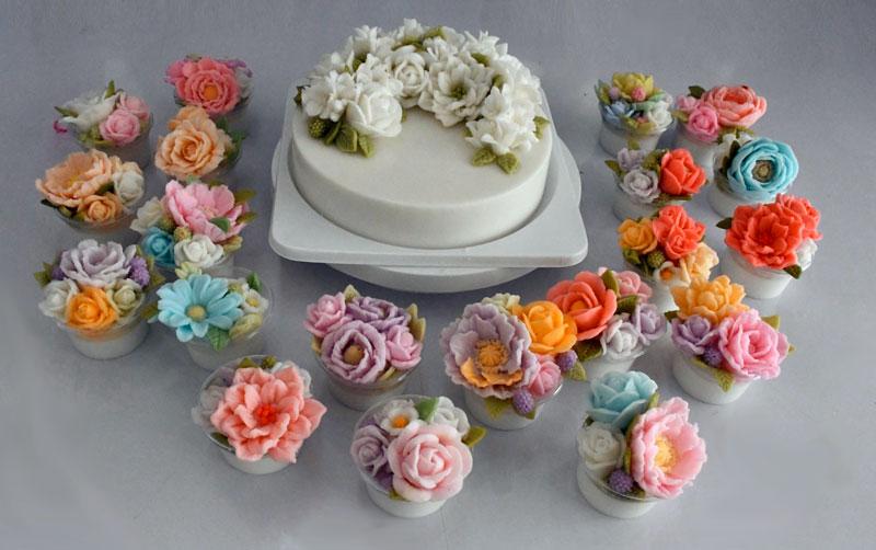 เมนูวุ้นกะทิหน้าดอกไม้วัตถุดิบจากผลิตภัณฑ์น้ำมะพร้าว โคโค่แม็ก และ กะทิ อัมพวา